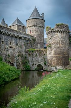 All things Europe — Fougeres Castle, France (by Breizh@tao)