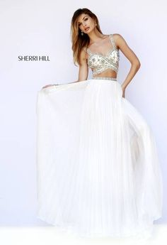 Love this Sherri Hill gown! Definitely a show stopper!