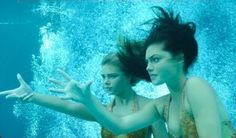 Cleo-and-bella-in-the-water-h2o-just-add-wate