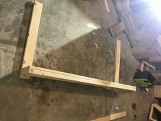 The pocket holes should be placed on the Diy Furniture Plans, Diy Furniture Projects, Diy Wood Projects, Rustic Furniture, Diy Entryway Table, Wood Planter Box, Diy Entertainment Center, Easy Woodworking Projects, Survival Essentials