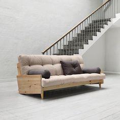 POP, sofa convertible : la touche vintage ajoutée au confort scandinave. structure bois, futon.