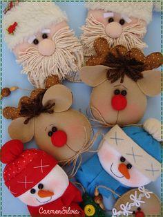 ADORNO NAVIDAD Felt Christmas Ornaments, Handmade Ornaments, Christmas Holidays, Christmas Crafts, Merry Christmas, Christmas Decorations, Xmas, Felt Crafts, Fabric Crafts
