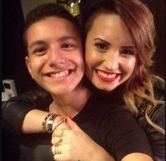 DEMI LOVATO AND ANTHONY!! I AM DYING!
