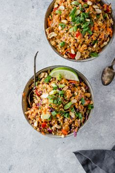 Delicious vegan and easily gluten free Thai quinoa salad with a perfect crunch. Perfect for meal prep lunches, picnics or parties. This salad is a crowd-pleaser! The post Crunchy Cashew Thai Quinoa Salad (vegan, gluten-free) appeared first on Trendy. Vegan Mexican Recipes, Vegetarian Recipes, Healthy Recipes, Gluten Free Recipes, Diet Recipes, Lunch Recipes, Whole Food Recipes, Cooking Recipes, Dinner Salad Recipes