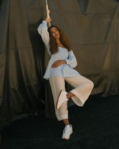 Solange wearing Reebok Classic Leather sneakers at the Classics crib. Solange Knowles, Coachella Festival, Festival 2017, Celebs, Celebrities, Her Style, Just In Case, Style Icons, Black Women