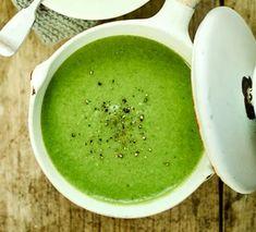 Creamy leek & bean soup