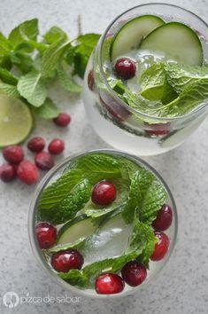 Una opción para preparar esta Navidad es esta bebida refrescante sin alcohol, para niños y adultos. Con colores verde y rojo, esta fácil y deliciosa bebida te va a encantar.