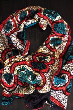 The scarf I purchased at Kooroo #aliceincarnaval #thisisafrica #kenya #africanfashion