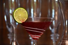 Barefoot Black Cherry Daiquiri: Sweet Red Wine, cherry rum, lime - www.intoxicologist.net