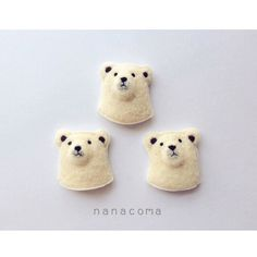 羊毛しろくまのお顔ブローチ もっと見る Needle Felted Animals, Felt Animals, Needle Felting, Art And Craft Materials, Felt Brooch, Handmade Felt, Felt Art, Felt Crafts, Handicraft
