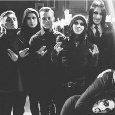 "Motionless In White ""Break The Cycle"" and then there's Ghist down in the corner being strangled x3"