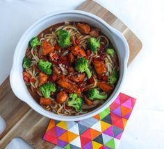 teriyaki zalm noedels Kung Pao Chicken, Ratatouille, Healthy Recipes, Healthy Food, Broccoli, Rolls, Dinner, Ethnic Recipes, Pasta