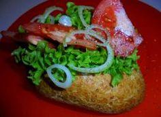 Kanapka z sosem z tuńczyka i dodatkiem marynowanego zielonego pieprzu Tacos, Mexican, Ethnic Recipes, Food, Meals, Mexicans