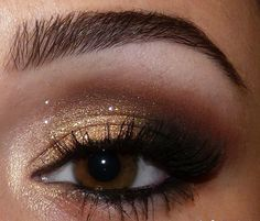 How To Choose Makeup For Brown Eyes And Fair Skin