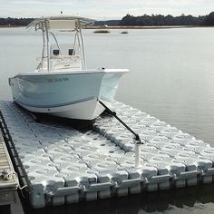 Build you own drive on boat platform with Drive On Blocks, environmentally friendly, extremely durable and easy to use. Floating Boat Docks, Flat Bottom Boats, Power Catamaran, Center Console Boats, Bay Boats, Boat Storage, Boat Slip, Cube Design, Pontoon Boat