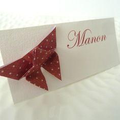 Marque place papillon en origami - papier à motif vintage rouge à pois blancs pour mariage - baptême - anniversaire - papillon