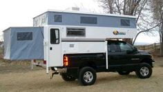 Rv pop out - pop up camper