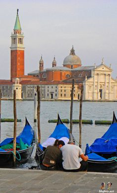 Highlights of a trip to Venice, Italy. And why proposing on a gondola is not a good idea…  http://bbqboy.net/highlights-of-a-trip-to-venice-italy-and-why-proposing-on-a-gondola-is-not-a-good-idea/