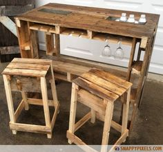 UPCYCLED PALLETS. GREAT LOOK FOR OUTDOORS. BUT I WOULD DO ALITTLE MORE TO IT..... WHITE WOULD BE NICE.