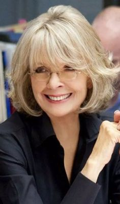 Hairstyles For Women Over 50 - Blond Inward Bob With Fringes Over 60 Hairstyles, Short Hairstyles For Women, Cool Hairstyles, Short Hair Over 60, Short Hair Cuts, Norman, Medium Hair Styles, Short Hair Styles, Haircut Styles For Women
