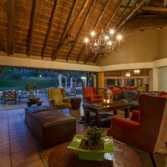 Save 46% when booking at Ivory Tree Game Lodge with this incredible special http://seasonssafaris.co.za/last-minute-specials-to-ivory-tree-game-lodge-pilanesberg/