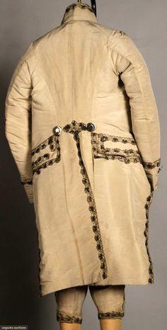 MONSIEURS costume 3 pièces de soie, c. 1775-1785