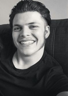 Alex Hoegh Andersen. His smile is so amazing #AlexHoeghAndersen