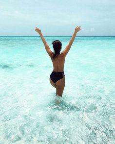 The Maldives Island - Coco Bodu Hithi Photo @karlycakesss #maldives #winterbreak #winterholiday #holiday #travelling #honeymoon #pure #bliss #crystalwater #turquoise #turquoisewater #lagoon #island #vacay #bikini #model #ocean #salty #goodvibes #dream #romantic #asia #beautiful #summertime #summerholiday #happiness #lifestyle #hustle #fashion #babe