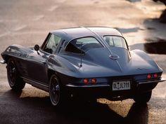 Cool Stuff We Like Here @ CoolPile.com ------- << Original Comment >> ------- Corvette Stingray