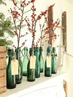 Christmas Decorations - Look at these ideas to decorate the focal point of your room - the fireplace mantle. #fireplace #decorations