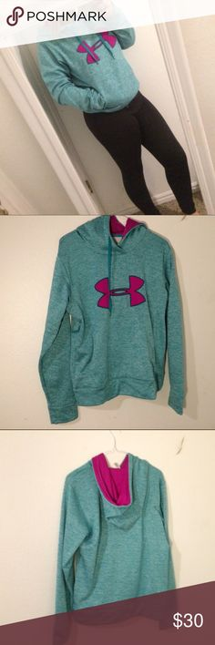 Under Armour Sweatshirt Worn twice. Very excellent quality. Under Armour Tops Sweatshirts & Hoodies