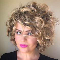 If you are searching for some short curly hair styles ideas that you can try today, you came to the […] Short Curly Hairstyles For Women, Curly Hair Styles, Curly Hair Braids, Easy Hairstyles, Natural Hair Styles, Hairstyles 2018, Hairstyle Ideas, Wavy Hair, Curly Bob Hairstyles