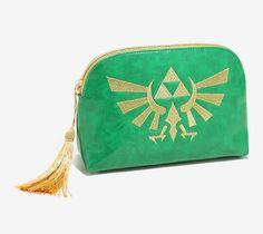 Nintendo The Legend Of Zelda Hyrule Makeup Bag Boba Fett, Nerdy Makeup, Zelda Birthday, Buy All The Things, Gadgets, Legend Of Zelda, Fashion 2017, Betsey Johnson, Zip Around Wallet