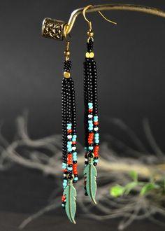 Long Fringe Earrings, Feather Earrings, Beaded Earrings, Stylish Earrings - Long Fringe Earrings Native Beaded Earrings Feather Best Picture For jewelry inspo For Your Taste - Seed Bead Jewelry, Seed Bead Earrings, Fringe Earrings, Feather Earrings, Wire Jewelry, Beaded Jewelry, Jewelery, Handmade Jewelry, Beaded Bracelets