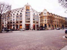 Louis Vuitton, Paris Street View, Louis Vuitton, Louis Vuitton Wallet, Louis Vuitton Monogram