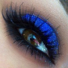 Bright Blue Eyeshadow