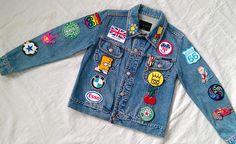 Lila & Sirena: DIY | Inspiration: Pins & Patches Denim Jacket  parches y pines en chamarra de mezclilla