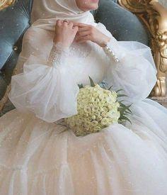 Wedding Hijab Styles, Fancy Wedding Dresses, Muslim Wedding Dresses, Wedding Dress Sleeves, Event Dresses, Bridal Dresses, Girls Dresses, Flower Girl Dresses, Bridal Hijab
