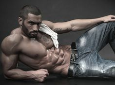 Lazar Angelov - Personal Trainer, One of Best Body on Earth #SexyMuscleMenBlog #MaleFitnessModels #LazarAngelov