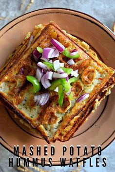 This is a hearty breakfast recipe! Savory waffles made with hummus flavored mashed potatoes are crispy and delicious. Mornings just got better with this! Potato Waffles, Savory Waffles, Savory Breakfast, Vegan Breakfast Recipes, Breakfast Snacks, Vegetarian Recipes, Healthy Breakfasts, Vegan Meals, Vegan Food