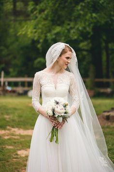29 Unique Lace Wedding Gowns That Scream Romance