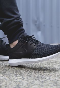 save off aabc6 92345 NIKE Roshe One Flyknit