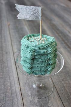 Mini Ruffle Cake made from 2 cupcakes