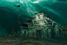 ciudad sumergida de shicheng china Hace más de medio siglo, los Chinos inundaron la ciudad de Shi Cheng, también conocida como ciudad león, recientemente ha sido explorada por arqueólogos que la han apodado La Atlántida China