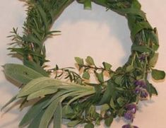 Great Winter Recipes: Preserve Herbs with Wreaths and Soups Home Remedies, Natural Remedies, Preserve Herbs, Winter Recipes, Winter Food, Tis The Season, Soups And Stews, Preserves, Flora