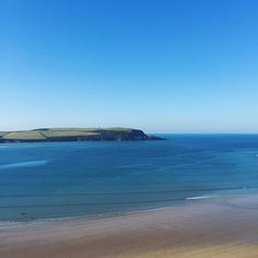 Today was just perfect. The beautiful Daymer Bay and Camel Estuary, one of my favourite places in Cornwall   #360beaches #beach #cornwall #lovecornwall #kernow #coast #daymerbay #rock #padstow #waves #surf #coast #sand #wanderlust  #sea #ukpotd #swisbest #igerscornwall #kernowfornia