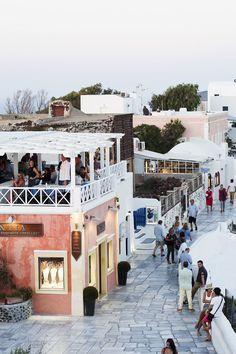 La Magia de Santorini (isla griega perteneciente al archipiélago de Las Cícladas) no tiene parangón...