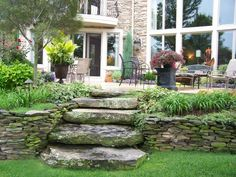 How To Dry Stacked Flagstone Wall Rock Retaining Wall Pinterest Stones And Flagstone