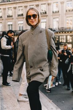c73b4f896342a5 Street Style  PFW   Día 8  el manual perfecto de cómo llevar camisas,
