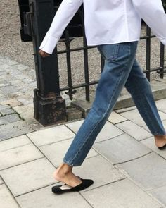 The Forever Staple: 7 Pieces of Denim We're Loving - Wit & Delight Fall Outfits, Fashion Outfits, Womens Fashion, Fashion Tips, Fashion Trends, Style Fashion, Ootd Fashion, Catwalk Fashion, Petite Fashion